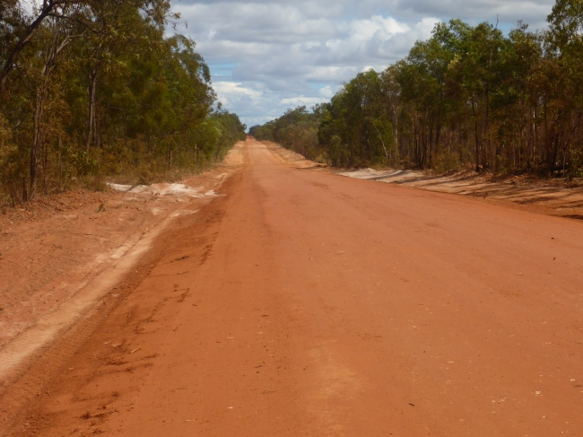 The very nicely graded road up through Lakefield NP.