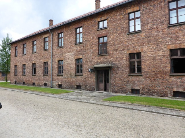 Building which housed the original Polish prisoners.