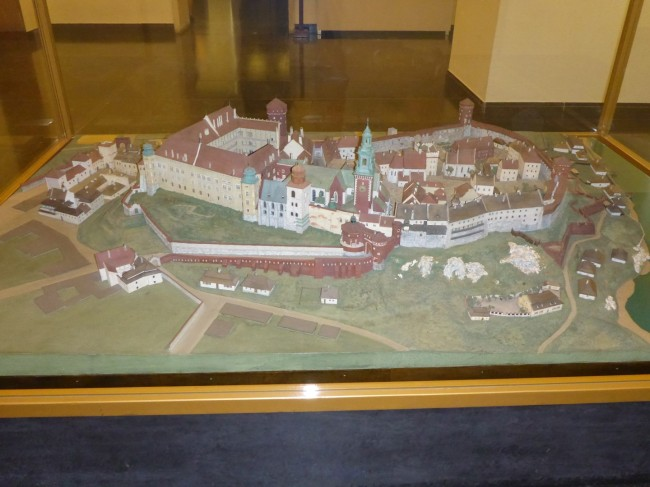 Model of the castle complex.