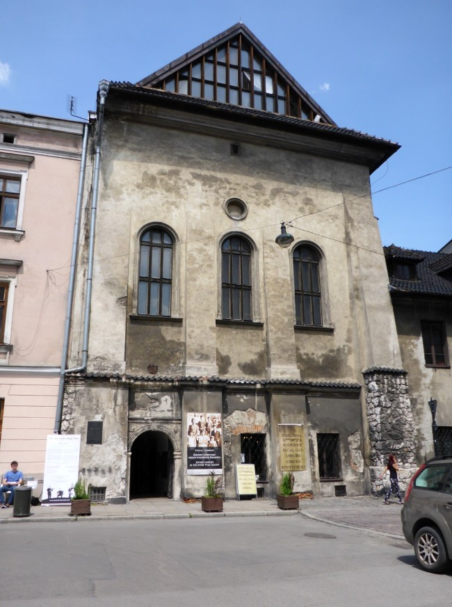 Old synagogue.