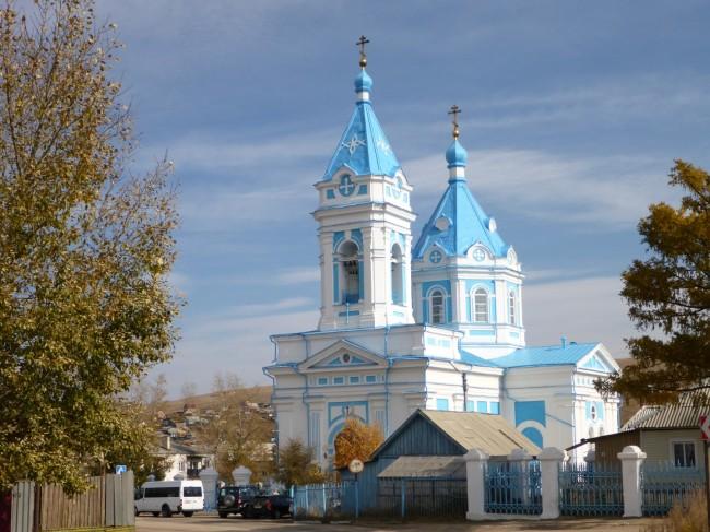 Pretty church near my hotel. Orthodox churches always seem to have unorthodox colour schemes.