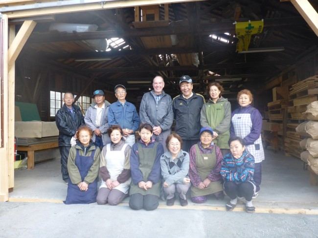 Yotoro-San (left of me) and his mostly elderly workforce.