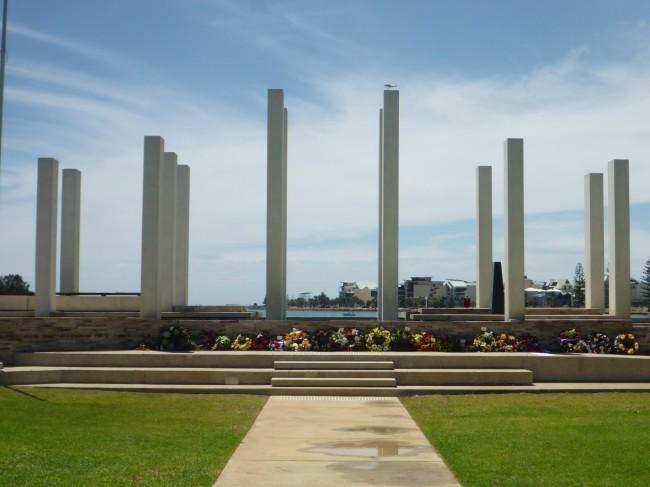 Mandurah war memorial.