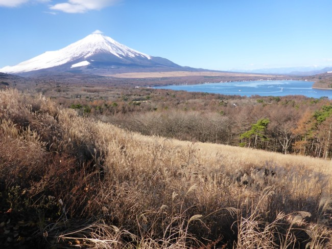 The lake and the mountain from Fuji-Hakone-Izu National Park.