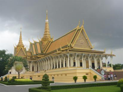 The very beautiful Grand Palace.